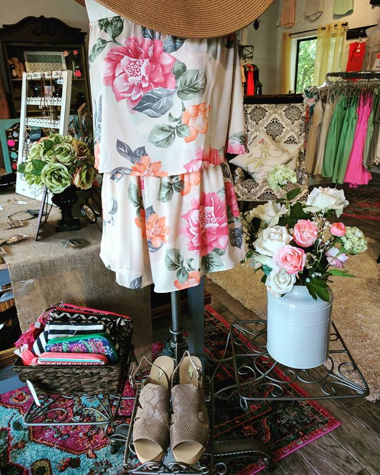 Vintage Lily Boutique is a bright, friendly boutique where you can find a well edited assortment of great styles and quality clothing at affordable prices. Focused on statement pieces and dresses, any piece will transform you effortlessly
